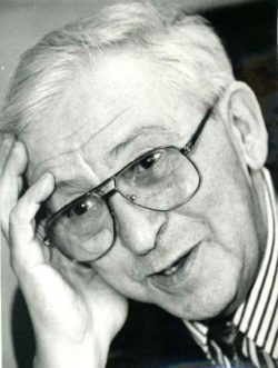 Теории старения: адаптационно-регуляторная теория. На фото Фролькис Владимир Вениаминович