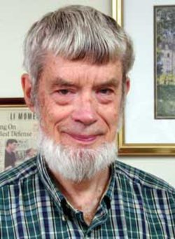 Теории старения: теория антагонистической плейотропии. На фото: Джордж Кристофер Уильямс