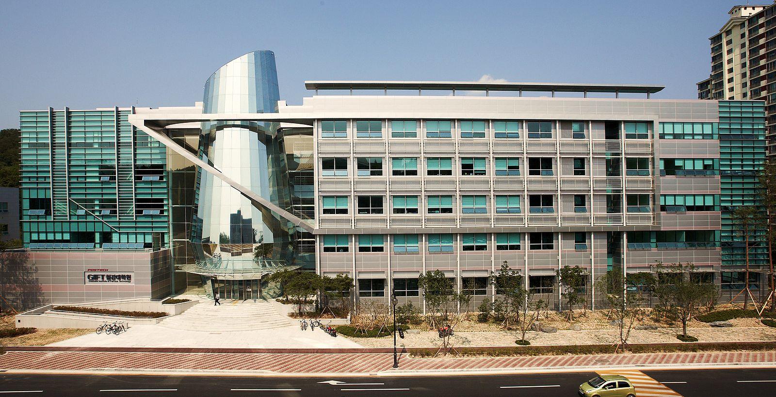 Умные контактные линзы диагностируют диабет. Pohang University of Science & Technology (POSTECH)